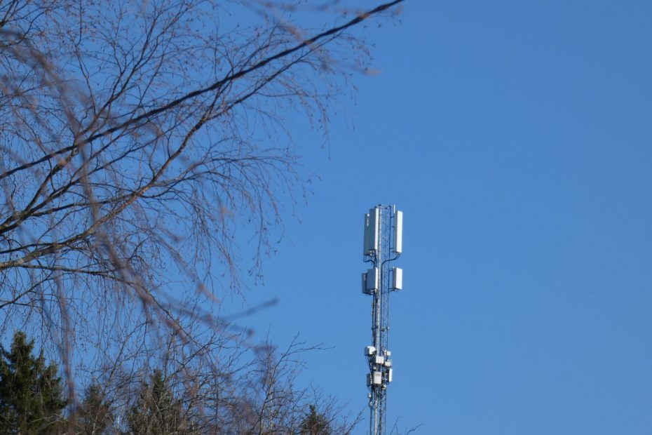 DNA testing 3 5GHz fixed wireless connection at Vantaa